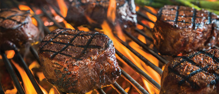 The Pros and Cons of Charcoal and Gas Grills
